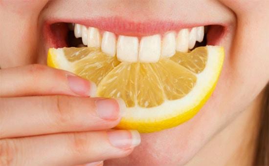 отбеливание-зубов-