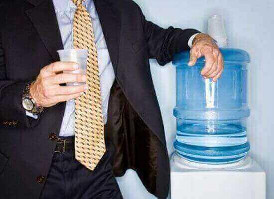 Почему стоит покупать бутилированную воду
