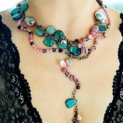 колье-и ожерелье из-натуральных-камней