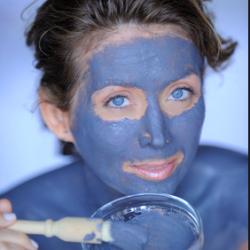 маски для лица из голубой глины